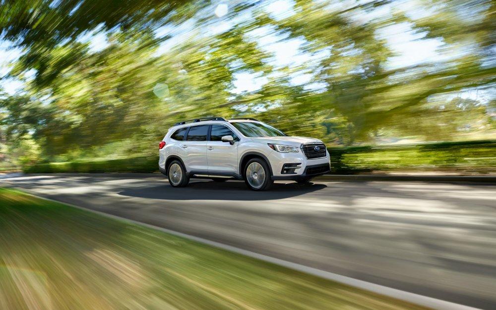 running Subaru Ascent Premium 2019.jpg